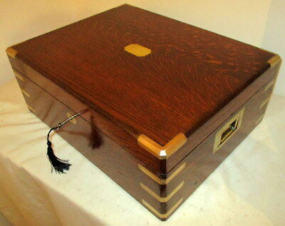 STUNNING LARGER SIZE VICTORIAN SOLID OAK & BRASS BOX with tray and key