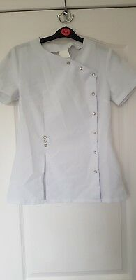 White Hairdressing Tunic, Size 8-10