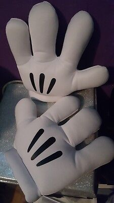 DISNEY PARKS Mickey Minnie Mouse Hands Gloves Costume Party Prop Disneyland (H2)