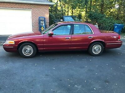 2001 Ford Crown Victoria P71 2001 Crown Victoria P71 CVPI Fire Marshall car,NEVER a police car...No paintwork