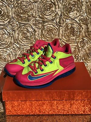 5f4c63419b3e NIKE MAX LEBRON XI Low GS Superman Youth Shoes Size 7Y Blue 644534 ...
