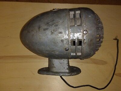 Vintage Federal Sign and Signal Siren Model 0 Police Fire 12V DC   POLICE   FIRE
