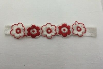 BABIES WHITE HEADBAND WITH RED AND WHITE FLOWERS 6-12months