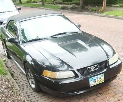 2000 Ford Mustang black Mustang gt 2000 Convertible Upgraded! Nitrous Injected! Lots of Bolt on's !!!!!!