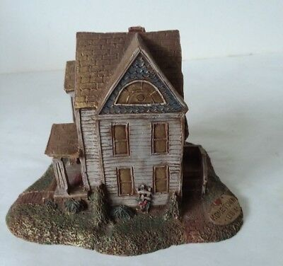 Sarah's Attic Hometown USA  Victorian House Chesaning Mich Rare Collection Decor