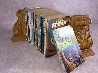 Q30- Sci-Fi Science Fiction Job Lot Vintage Paperbacks Fantasy Novels etc Bundle
