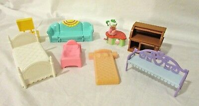 Mixed Lot 8 of Plastic Doll house Furniture Mattel Hasbro Beds, desk, couch more