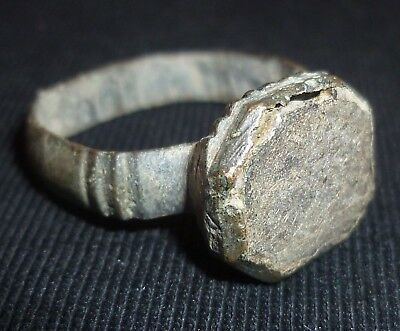 ROMAN Artifact - Bronze RING with Clear Stone Gem - Circa 100-300 AD        /476