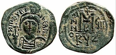 *AET*MAURICE TIBERIUS Follis. EF. Cyzicus, year 8.Uncommon variant of great size