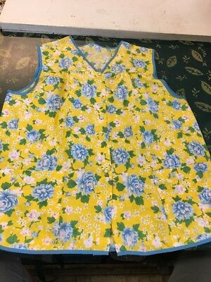 NEW APRON SNAP UP FRONT WITH POCKETS  Floral Flowers