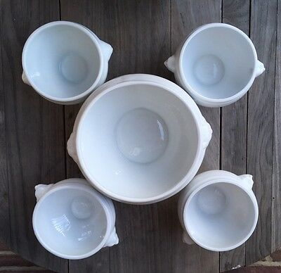 Set of French porcelain  lion's head tureen and four soup bowls, like Pillivuyt