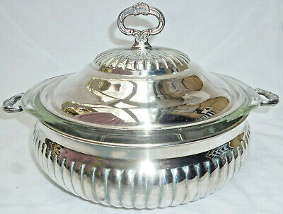 LARGE ORNATE SILVER COVERED ENTREE DISH with PYREX GLASS INNER - Saracen - vgc