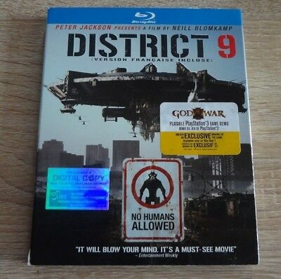 District 9 Blu-Ray Movie w/Sleeve Cover! 2 Discs! Minty