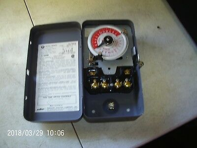 Paragon Electric Company Timer Model # 4003-00 USED