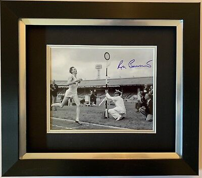 Roger Bannister Hand Signed Framed Photo Display 4 Minute Mile Olympics.
