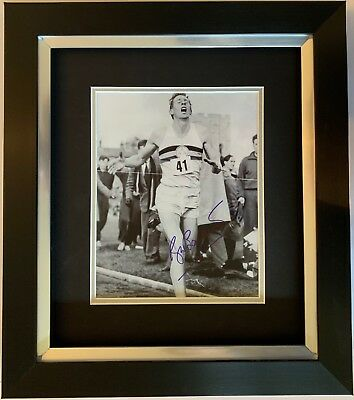 Roger Bannister Hand Signed Framed Photo Display 4 Minute Mile Olympics 3.