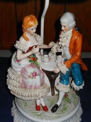 George And Martha Tea Party 3D Ceramic Lamp