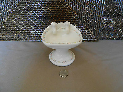 Decorative soap dish sink figurine footed white colorful floral edge design