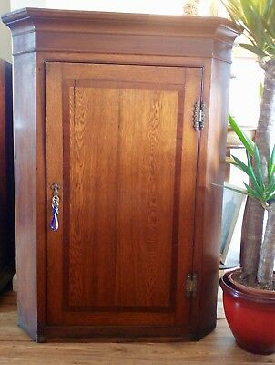 Antique  oak and mahogany cross banded corner cabinet 1830-1850 stunning