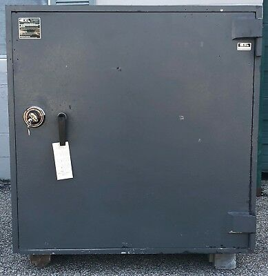 Used Exl Commercial Tl-30 High Security Burglary Safe