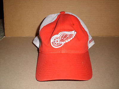 separation shoes 0171e 1c1cd ... reduced detroit red wings nhl reebok red white mesh center ice hat cap  flex fit l