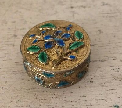 Vintage Antique CHINESE REPOUSSE CLOISONNE ENAMEL SNUFF PILL BOX Gold Brass