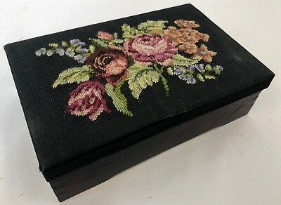 """Vintage 10"""" Jointed Wood Needlepoint Rose Bouquet Jewelry Dresser Trinket Box"""