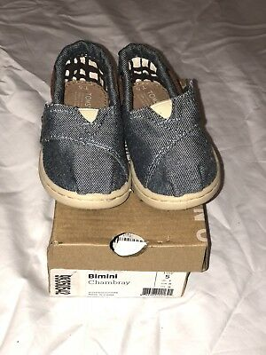 cfa6ba48b25 TOMS CHAMBRAY Bimini Flats Unisex Toddler Sz T 8 Blue Shoes. Good ...