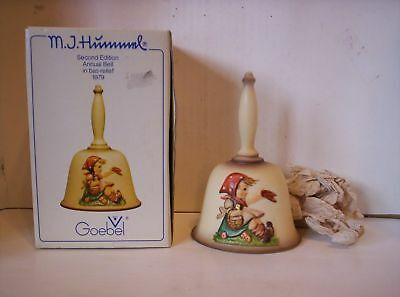Vintage 1979  M.J. Hummel Second Edition Annual Bell GOEBEL W/ Box - W Germany
