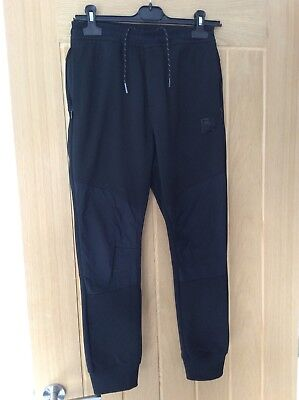 wholesale dealer a8372 e9909 Boys Nike Air Max Black Tracksuit Bottoms Joggers Aged 12-13 Years
