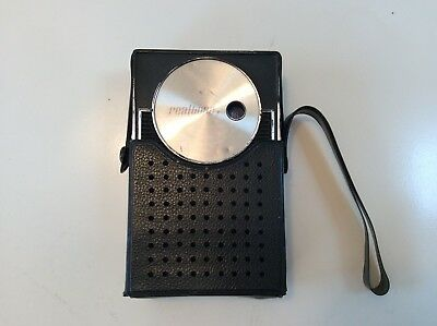 Vintage Realtone pocket transistor radio w/carrying case-Model 1166