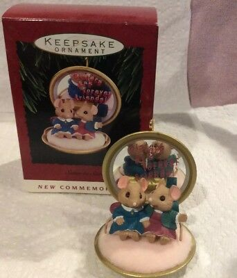 Hallmark Keepsake 1993 Sister to Sister Christmas Ornament Sister Mice Compact