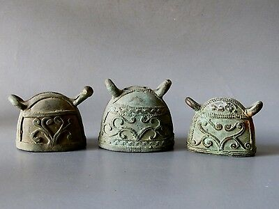 Antique Small Bronze Bell Beautiful Rare Cheap Don't Mis*