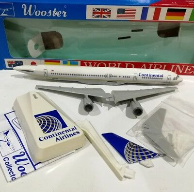Wooster 486 Continental Airlines Boeing 757-200 1/250 plastic model plane avion