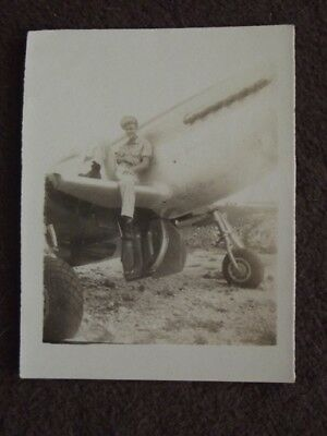 U.S. PILOT SITTING ON WING O HIS FIGHTER PLANE Vtg 1940's WW2 PHOTO