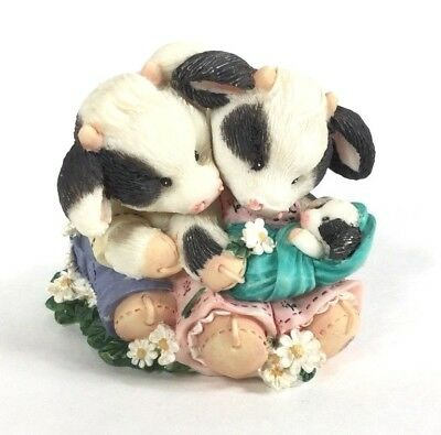 Mary's Moo Moos Figurine 1996 Our Love Is Growing #207128