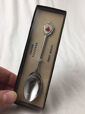 Vintage Canada Maple Leaf Souvenir 4 inch Collectible Teaspoon Made in Japan