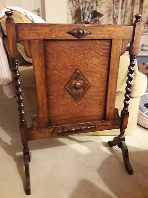 Lovely arts and crafts oak fire screen with barley twist detail
