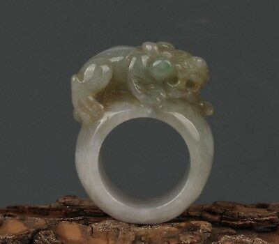 China Exquisite Hand-carved beast carving Jadeite jade Ring