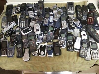 Group Of 90 Scrap Cell Phones Gold Recovery, Parts