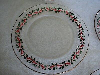 """Arby's Holly, Berry & Ribbon Luncheon / Salad  Plate 8""""  Arcoroc Libby"""