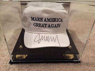 Donald Trump Autographed Signed Make America Great Again OFFICIAL Authentic Hat