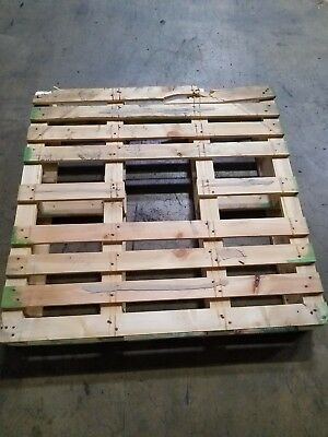NEW WOODEN HEAT TREATED PALLETS WOOD HT PALLET ONLY USED ONCE 45 x 45
