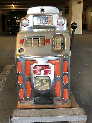 "Antique 1940's Jennings Club Chief Nickel Slot Machine ""as Is"""