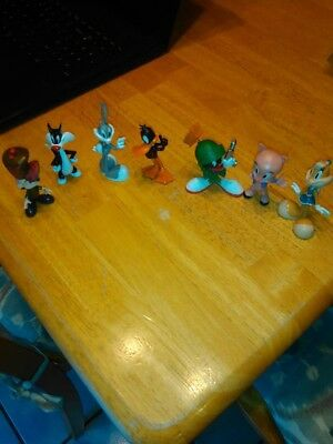 Lot of 7 Looney Tunes figurines-pre-owned in great condition - Bugs, Lola Bunny