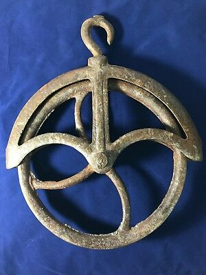 Antique Cast Iron Metal Water Well Hand Pulley Wheel Vintage Barn Steampunk