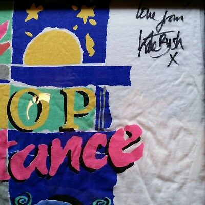 Kate Bush Autographed Vintage Short-Sleeve T-shirt 1988 Very Good Condition