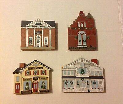 The Cats Meow Stockbridge Series Lot of 4 Christmas Village Wooden Houses
