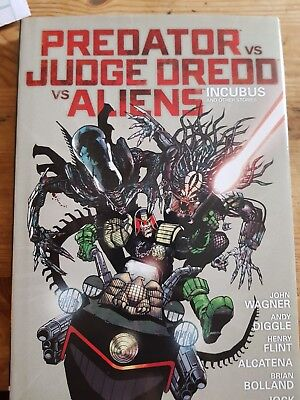 Judge dredd v aliens and predator hardback graphic novel from 2000ad