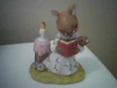 Mother Mouse Reading to Baby Figurine ~ 1976 Enesco ~ Mice ~ Vintage